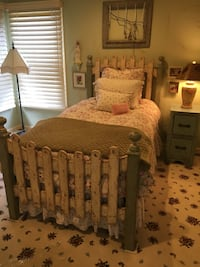 Twin Bed with Headboard and Footboard Gaithersburg, 20878