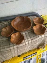 Wood salad bowl set Niagara Falls, L2E 3K9