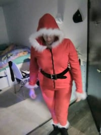 LADIES SANTA SUIT Los Angeles, 91602