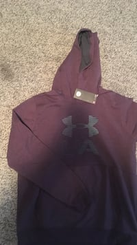 under armour hoodie with tags