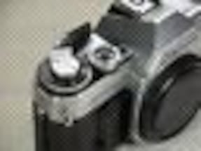 M I NT COND/CANON AT-1 BODY