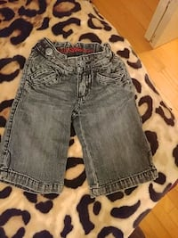 Toddler 3T guess caprees (baggy fit)  Barrie, L4M 4S4