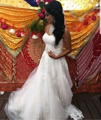 women's white and red floral wedding gown Brampton, L6Y 4S5