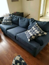 Couch , love seat & accent chair Saint Petersburg, 33703