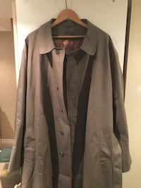 Mens Trench size 48 R