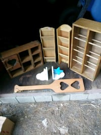 Shadow box with heart,  butter churn with hearts,  Harpers Ferry, 25425