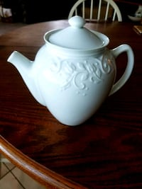 Vintage Princess House Veranda Teapot  North Richland Hills, 76182