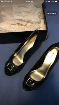 pair of black leather heeled shoes with box Gaithersburg, 20879