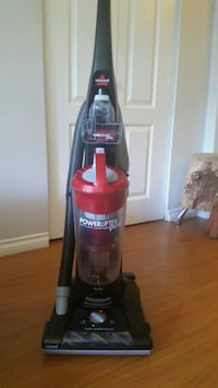Bissell powerlift vacuum cleaner- model 1309 North Vancouver, V7R 2A6