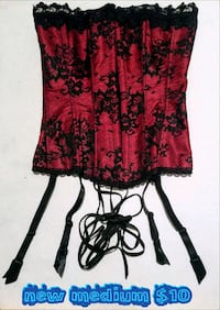 red and black floral spaghetti strap dress Las Vegas, 89169