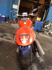 2008 Suzuki  m109R  Runs good work engine good and for sale $ 4,000  Charlotte, 28208