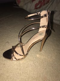 New High heels  Boonsboro, 21713