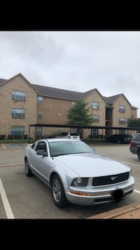 Ford - Mustang - 2005 1325 mi