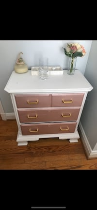 Rose gold and white chest of drawers