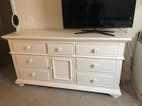 7-drawer white dresser with cabinet Greensboro, 27403