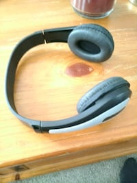 Bluetooth headphones Great Sound don't use Calgary, T2Z 4N8