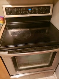 Four Whirlpool a vendre/Whirlpool oven for sale