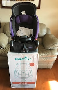 (Brand New) Evenflo Chase Car Seat