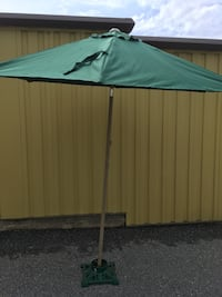 Green patio table tent