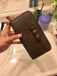 Soft brown leather wallet Indianapolis, 46217
