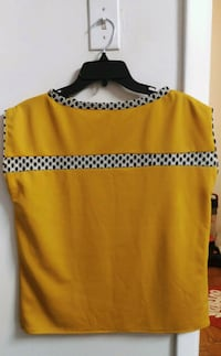 yellow and black scoop-neck sleeveless top Rockville, 20852