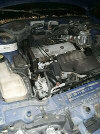 2.4l twin cam engine does run