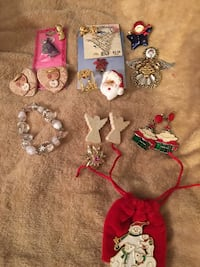 Christmas accessories lot Oklahoma City, 73135