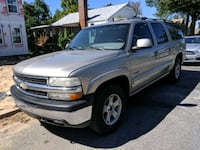 2004 Chevrolet Suburban seats 8 District Heights