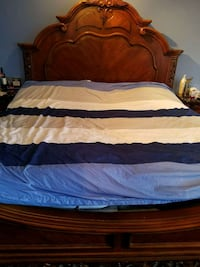 King Size Bed Set-Real Wood Burnaby, V5J 3Y3