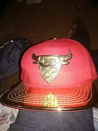 red and black bull graphic fitted cap Richmond, 23220