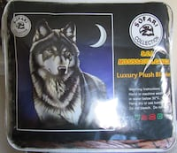 Brand New  Wolf Blanket  3151 km