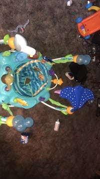 Baby's blue and green jumperoo Akron, 44305
