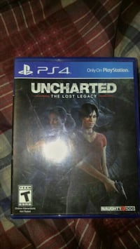 Uncharted The Nathan Drake Collection PS4 game case Champlain, 12919