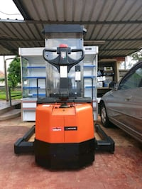 Electric stacker n forklift  South Granville, 2142