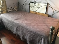 Twin size daybed. Grey scroll Des Plaines, 60016