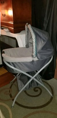 baby's gray and white bassinet Capitol Heights, 20743