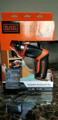 Black & Decker Rechargable Screwdriver with access Mississauga, L5V 2H7