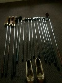 Golf shoes and clubs Kansas City, 64128