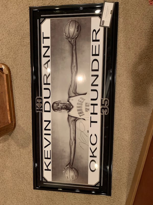 """Kevin Durant Autographed Oversized """"Wings"""" Poster f4388c80-9251-4dd6-9342-b23770e998ae"""