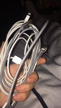Bundle of iPhone chargers Silver Spring, 20904