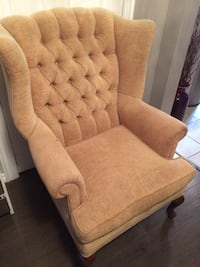 Wingback accent chair  Toronto, M6N