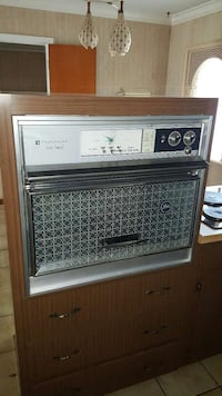 Used 1963 frigidaire flair custom imperial stove for sale for Flair custom homes