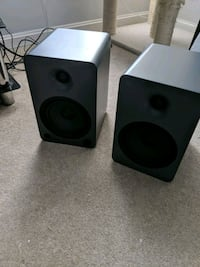 Kanto YU6 powered speakers w/bluetooth and preamp Odenton, 21113