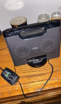 Sony Speaker with iphone charger