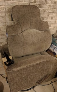 Perfect rocking chair for baby room or dorm room  Port Byron, 61275