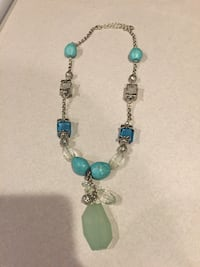 Necklace (costume jewelry)