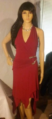 RED DRESS. WIG. Pick up only Glendale, 85381