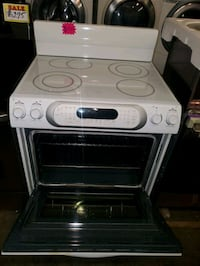 Kitchen Aid convection oven electric stove working perfectly four mont Baltimore, 21223