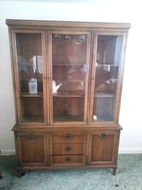 Beautiful Oak Hutch