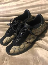 Monogrammed black-and-gray gucci low-top sneakers